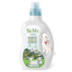 BioMio Baby Bio-Sensitive экологичный гель для стирки и кондиционер для стирки детского белья 1л